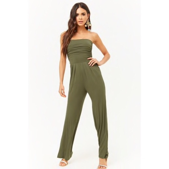 99c86c484d62 NEW FOREVER 21 RUCHED WIDE LEG JUMPSUIT